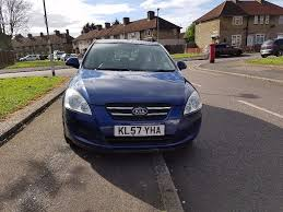 2007 57 plate kia ceed 1 4 petrol manual blue in redbridge
