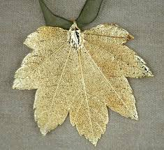 moon maple leaf ornament sturbridge yankee workshop