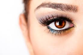 how to make eyelashes grow 8 home remedies the luxury spot