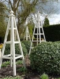 Vine Trellis Ideas Diy Easy Garden Obelisk Gardens Garden Ideas And Yards