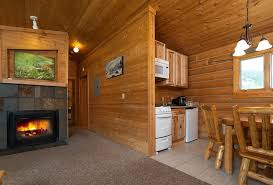 2 bedroom log cabin montana log cabins yellowstone riverfront accommodations 320