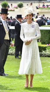 Where Do Prince William And Kate Live Best 25 The Duchess Ideas On Pinterest Costume Design