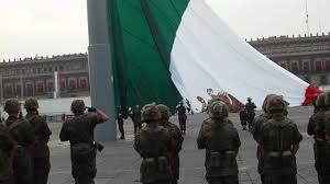 Soldiers Lifting Flag Mexico City Flag Raising Ceremony Youtube