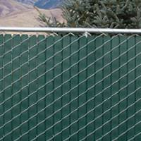 Decorate A Chain Link Fence Chain Link Fence Privacy Screen Crafts Home