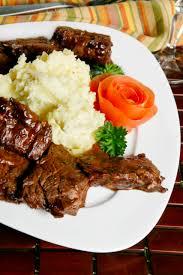 4 ingredient crockpot steak and gravy recipe
