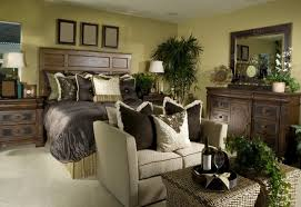 Large Armchair Loveseat 21 Stunning Master Bedrooms With Couches Or Loveseats