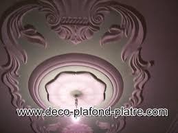 decoration en platre comment peindre un plafond en plâtre déco plafond platre