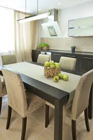 Declutter Your Dining Room - Dining room staging