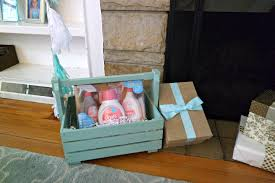 how to host and attend a baby shower boogie wipes