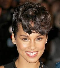cute curly hairstyles for black women this year