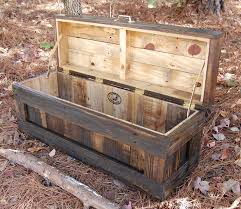 Making A Toy Box Plans by 82 Best Whet Your Pallet Images On Pinterest Pallet Ideas