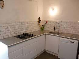 plan de travail cuisine carrel carreler un plan de travail avec meubles de cuisine mont s puis
