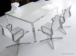 Table Verre Pied Central by Table En Verre Pour 10 Personnes
