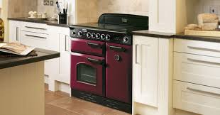 cuisine avec piano de cuisson l électro s invite dans les cuisines standard darty vous