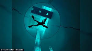 hold your breath the world u0027s deepest pool goes 137 feet below the