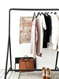 mod鑞e dressing chambre idee rangement vetement chambre chambre avec dressing exposez