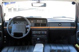 classic volvo sedan file 1993 volvo 240 classic dashboard us jpg wikimedia commons