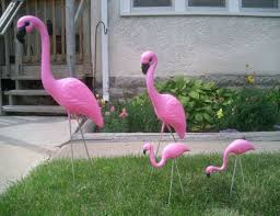 family of pink flamingos family retro lawn yard ornament set