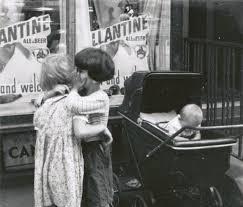 helen levitt new york 1942 photographs pinterest photography