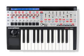 amazon com novation 25 sl mkii usb midi controller keyboard 25