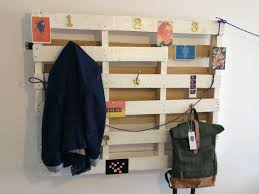 simple coat rack made from recycled pallet u2022 1001 pallets