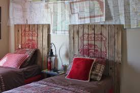 Blue And Red Boys Bedroom Interior Handsome Bedroom Decoration Design Ideas Using Black