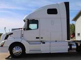 2011 volvo semi truck for sale used 2011 volvo 670 tandem axle sleeper for sale in mi 1019
