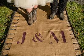 Burlap Wedding Aisle Runner Country Farm Wedding Ceremony In Maryland Jessica Michael