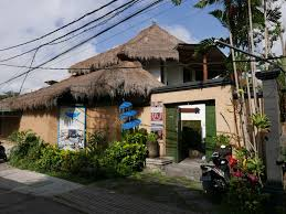 gajah biru bungalows ubud bali indonesia