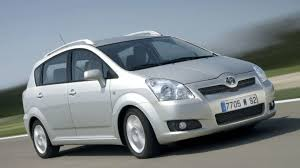 toyota avensis verso toyota corolla verso facelift revealed motor1 com photos