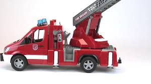 bruder fire truck bruder toys mb sprinter fire engine w ladder water pump u0026 light