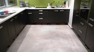 beton ciré mur cuisine beton cir mur cuisine codicer pompei pompei rosso effet effet bton