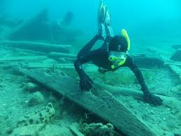 Ohio snorkeling images David gibbins free diving on wrecks at tobermory lake huron