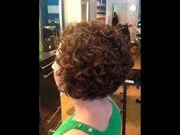 how to stlye a stacked bob with wavy hair hair makeover long to bob haircut on curly hair youtube