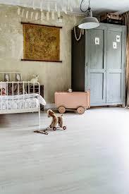 vintage paris bedroom decor black white geomatric bed frame floral bedroom white flower pattern bedding set winning yellow vintage floral wallpaper black ceramic flooring tile vintage