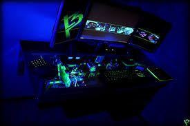Gaming Pc Desk by 28 Razer Computer Desk Razer Setup Razer Eye Candy Setup