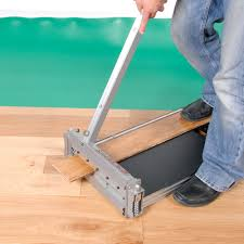 Easy Install Laminate Flooring Flooring Laminate Flooring Cutter To Help You Easy Install Of