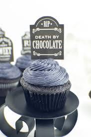Black Halloween Cake by Halloween Black On Black Velvet Cupcakes Revamperate