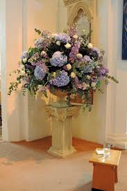 wedding flower arrangements in church church flower arrangements
