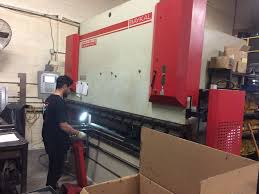 amada rg 100 110 ton x 10 u0027 3 axis cnc hydraulic press brake