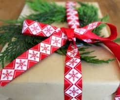 gift wrapping ribbon 20 alternative gift wrapping ideas that entice your creativity