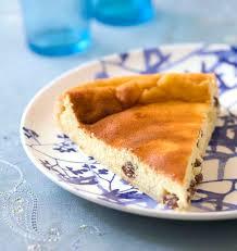 recette de cuisine russe vatrouchka tarte russe au fromage blanc et aux raisins secs les