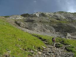 Cabane En Montagne Randonnée à La Cabane De Pierredar Depuis Creux De Champs