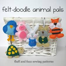 free felt craft patterns sewing felt animal pals fluff and