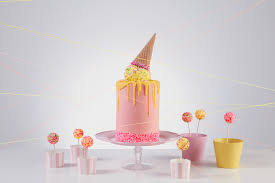 melted ice cream cone cake by fleur bridestory com