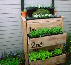 21 beautiful flowerbox design ideas page 2 of 4
