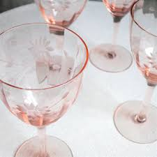 vintage champagne glasses the vintage hunter u0027s guide to pink depression glass