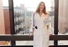 pittsburgh doctor leslie latterman designs doctors coats to fit dr leslie latterman of point breeze has made a doctors coat that fits a