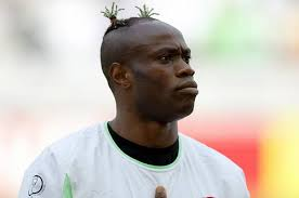 soccer player hair style top 10 footballers with wackiest hairstyles in world soccer