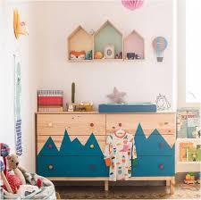 meuble chambre enfant customiser un meuble ikea 20 bonnes idées pour la chambre d enfant